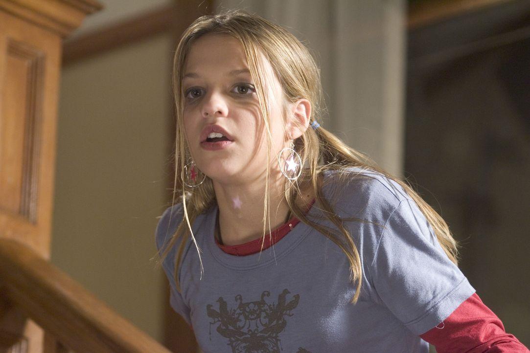 Die 13-jährige Nicole (Carson Brown) fühlt sich von ihrer Mutter Carol vernachlässigt und sucht sich einen brisanten Zeitvertreib: Sie gibt sich...