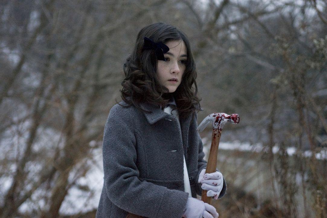 Erst viel zu spät erkennt Kate, dass Esther (Isabelle Fuhrman) keineswegs ein hochintelligentes, freundliches Mädchen ist, sondern eine blutjunge Ps... - Bildquelle: Kinowelt