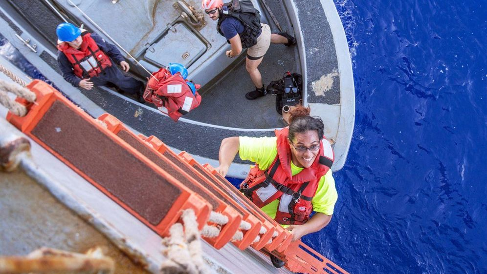 - Bildquelle: Mass Communication Specialist 3r/Navy Media Content Operations (NMCO)/dpa