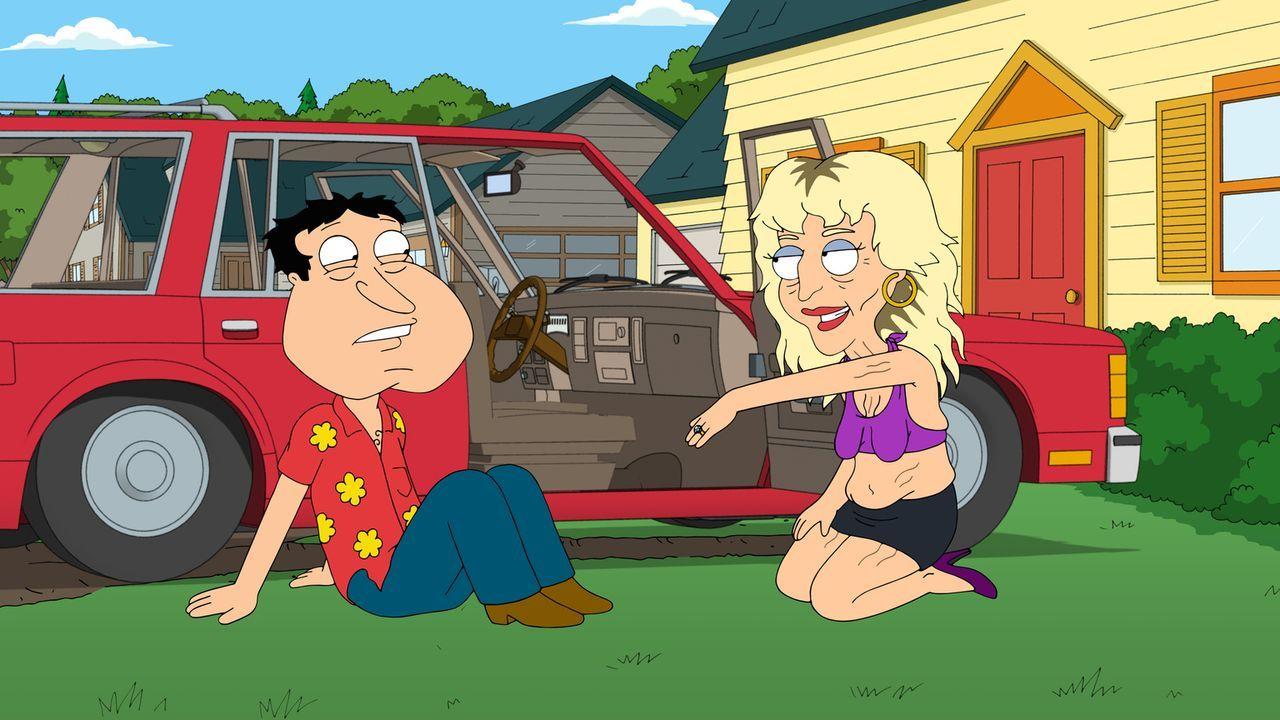 Nach einer durchzechten Nacht stellt Quagmire (l.) entsetzt fest, dass er eine Prostituierte (r.) geheiratet hat. Doch was nun? - Bildquelle: 2013 Twentieth Century Fox Film Corporation. All rights reserved.