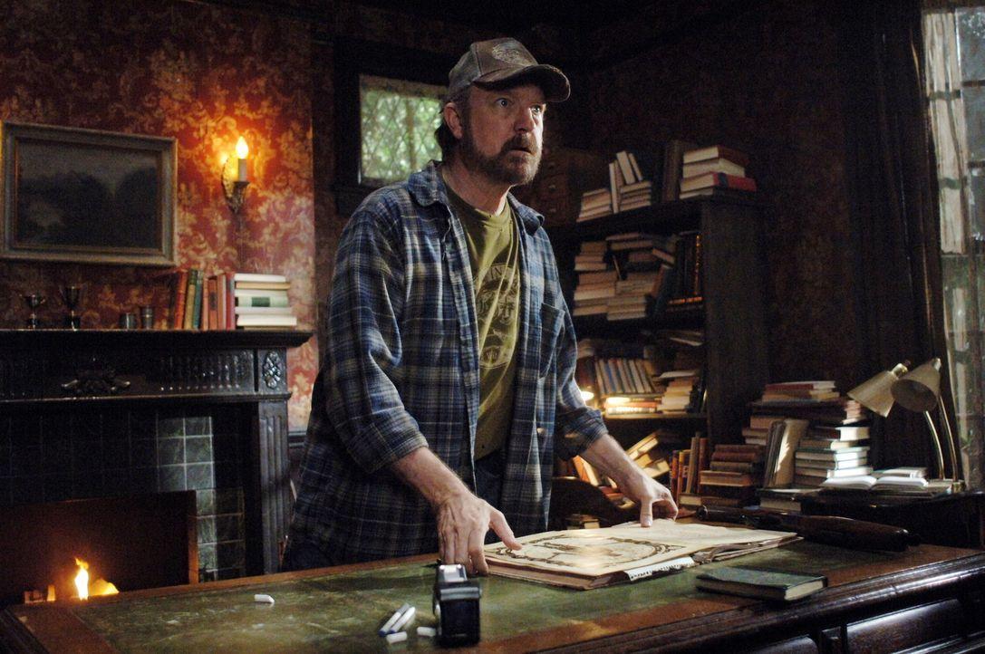 Wird von toten Menschen heimgesucht: Bobby (Jim Beaver) ... - Bildquelle: Warner Bros. Television
