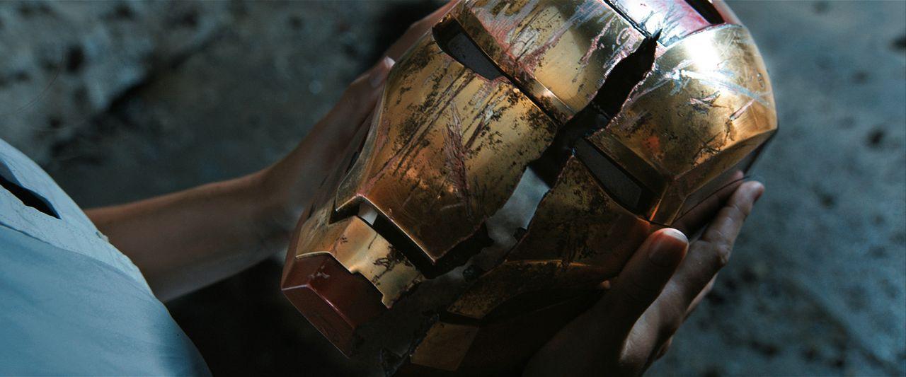 Als die Welt von Terroranschlägen erschüttert wird, muss Tony feststellen, dass er trotz seines Iron-Man-Anzugs nicht unbesiegbar ist ... - Bildquelle: TM &   2013 Marvel & Subs. All Rights Reserved.