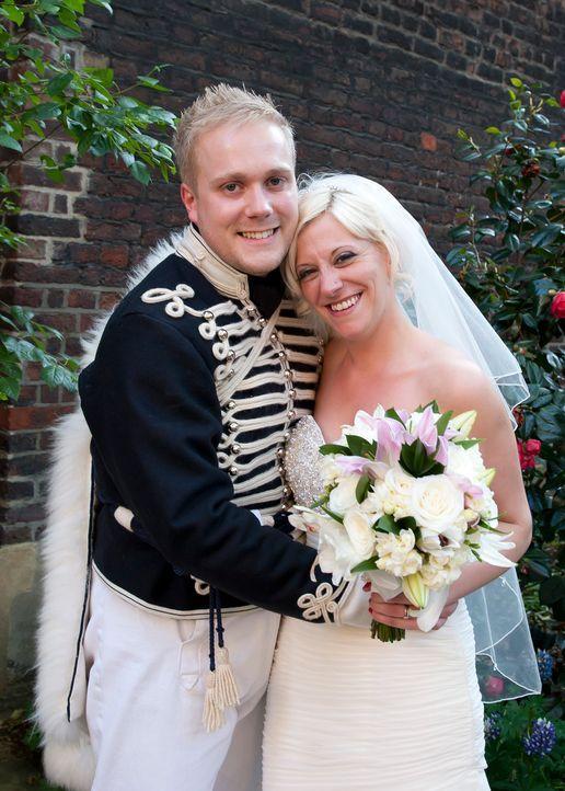 Wird ihre Hochzeit der glückliche Tag in ihrem Leben oder die reinste Katastrophe? - Bildquelle: Renegade Pictures Ltd