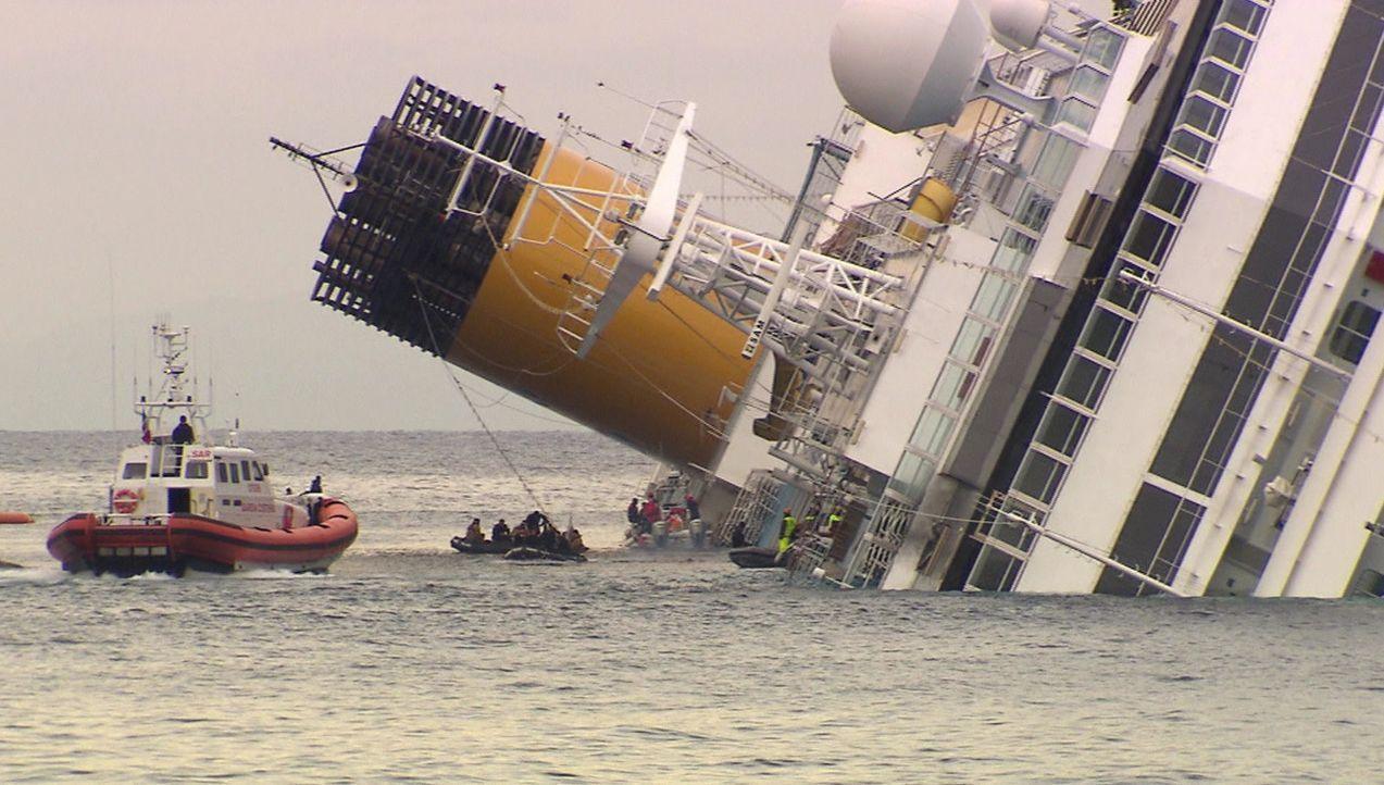 Die größten Tragödien: die Costa Concordia ... - Bildquelle: kabel eins