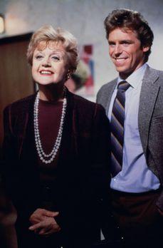 Mord ist ihr Hobby - Jessica (Angela Lansbury, l.) besucht ihre Nichte Victor...