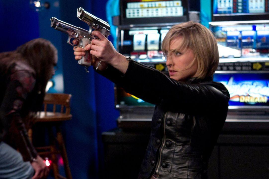 Schockiert müssen Chloe (Allison Mack) und Co. feststellen, dass die Nacht zuvor ihnen einige Probleme beschert hat ... - Bildquelle: Warner Bros.