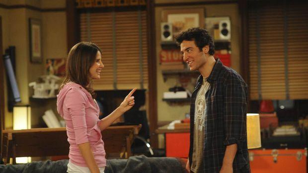 Seit Robin (Cobie Smulders, l.) und Ted (Josh Radnor, r.) zusammen leben, str...