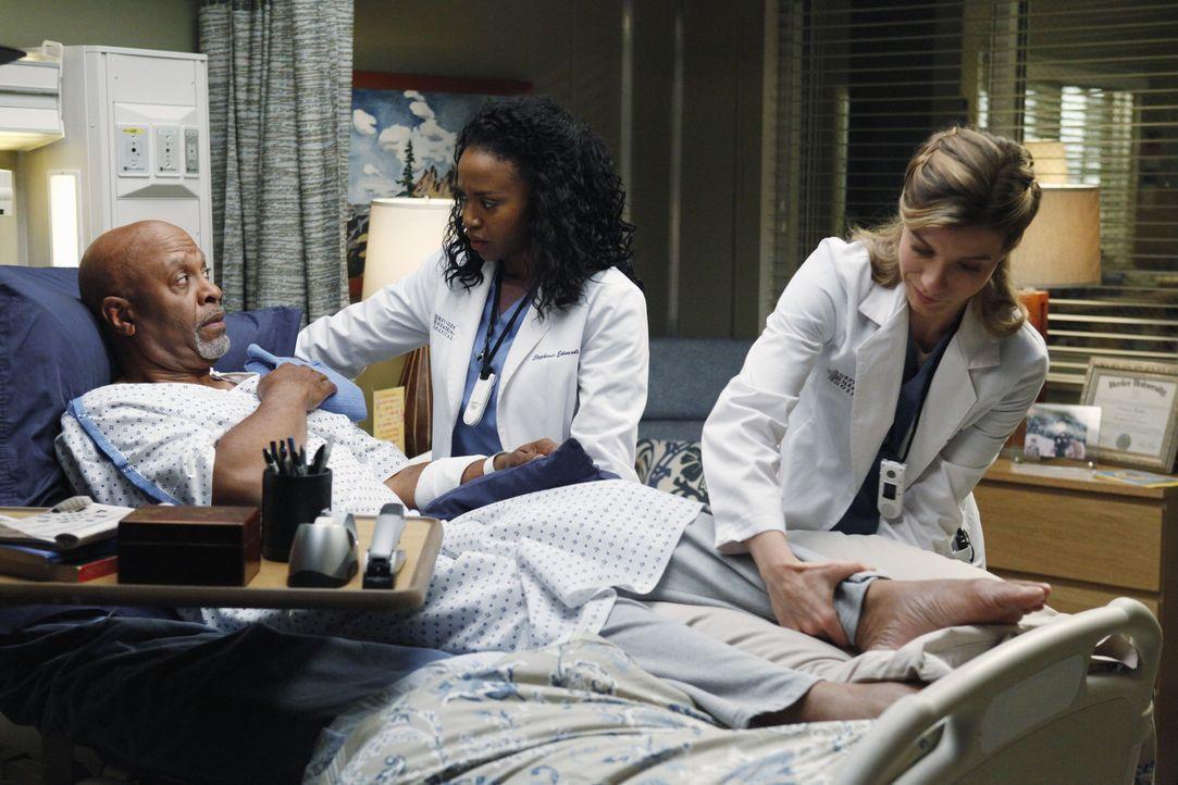 Die Gesundheit von Dr. Webber (James Pickens Jr., l.) steht nach wie vor auf der Kippe, Stephanie (Jerrika Hinton, M.) führt ernste Gespräche mit Ja... - Bildquelle: ABC Studios