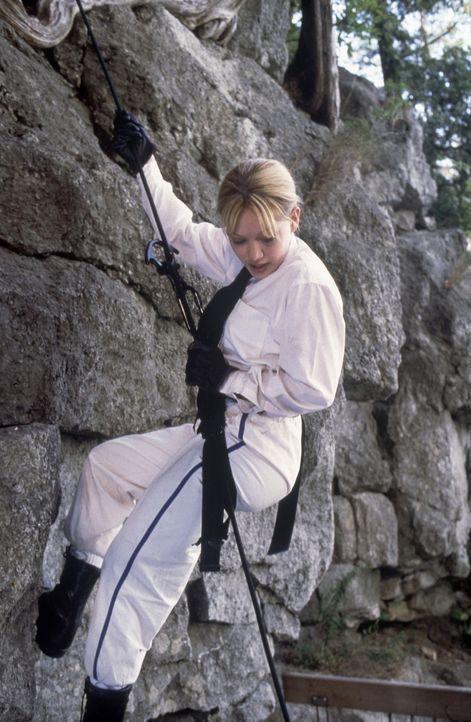 Das harte Ausbildungsprogramm fordert Kelly (Hilary Duff) alles ab ... - Bildquelle: Walt Disney Television