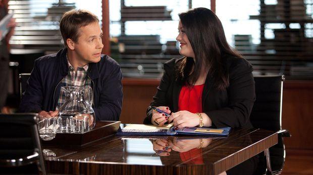 Jane (Brooke Elliott, r.) hat es diesmal mit einem ganz besonderen Fall zu tu...