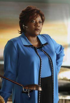 Eli Stone - Die Sekretärin Patti (Loretta Devine) steht voll und ganz hinter...