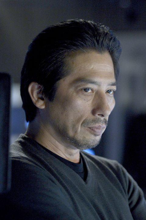 Wie viel verschweigt Dr. Hatake (Hiroyuki Sanada) vor dem Team um Alan? - Bildquelle: 2014 Sony Pictures Television Inc. All Rights Reserved.