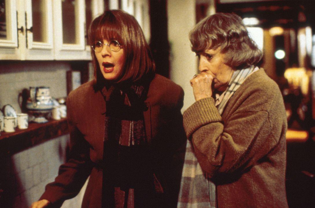Brenda, Elise und Annie (Diane Keaton, l.)  beschließen, ihre treulosen Männer gesellschaftlich zu vernichten. Und dabei bekommen sie tatkräftige... - Bildquelle: Paramount Pictures