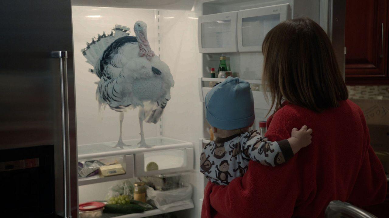 Als Dana Galen (Kathryn Fiore) in das Haus ihres Vaters zieht, wird ihr bewusst, dass hier möglicherweise wirklich übernatürliche Kreaturen ihr Unwe... - Bildquelle: 2012 TT Productions, LLC.  All rights reserved.