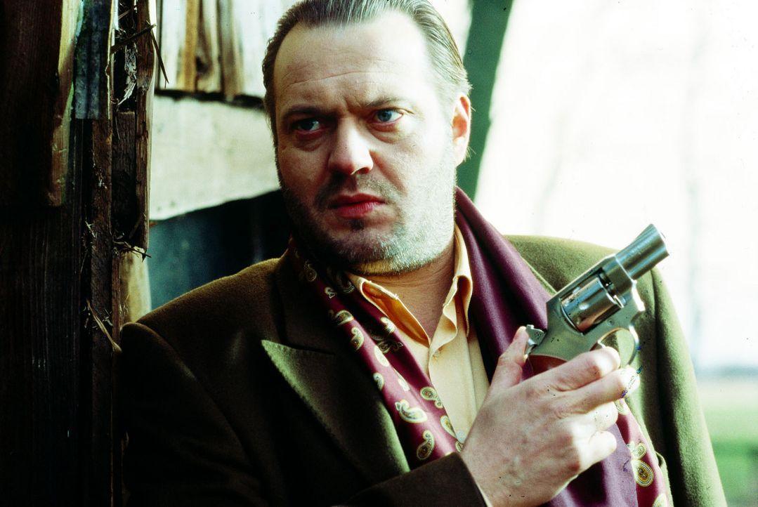 Manuel Rossa (Jan Gregor Kremp) ist Tremps neuer Partner. - Bildquelle: Gordon Sat.1
