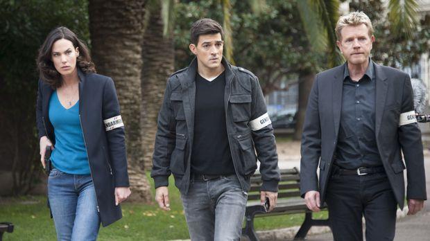 Der Polizist Luc (Jean-Pascal Lacoste, M.) kommt an die Riviera, um eine Zeug...