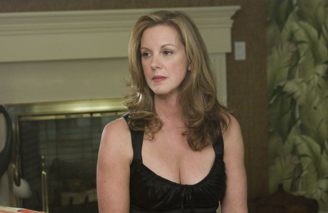 Celia (Elizabeth Perkins) will nicht wahrhaben, dass sie unheilbar krank sein soll ... - Bildquelle: Lions Gate Television