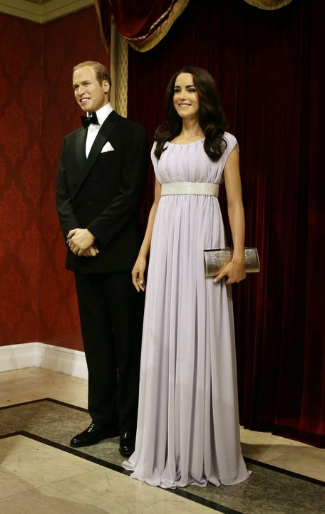 Kate & William aus WachsSeit April 2012 gibt es das royale Paar auch als... - Bildquelle: dpa - Picture Alliance