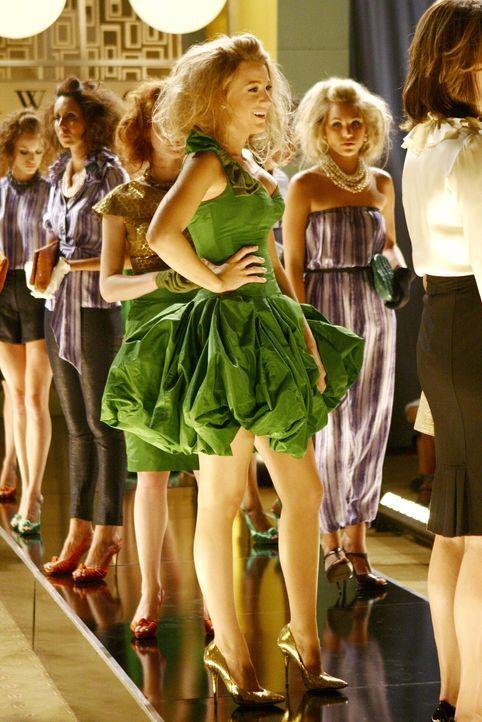 Blairs Plan geht nach hinten los - Serena (Blake Lively) muss Jenny retten, nachdem Blair ihre Models nach Hause geschickt hat ... - Bildquelle: Warner Brothers