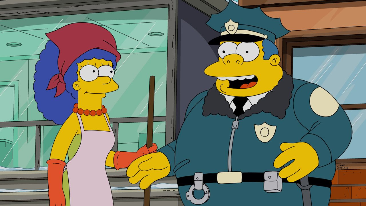 Um sich etwas dazuzuverdienen, heuert Marge (l.) als Tatortreinigerin an. Doch wird Chief Clancy Wiggum (r.) mit ihr zufrieden sein? - Bildquelle: 2015 Fox and its related entities.  All rights reserved.