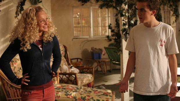 Jessica (Hayden Panettiere, l.) hat einen guten Tipp für Malcolm (Frankie Mun...