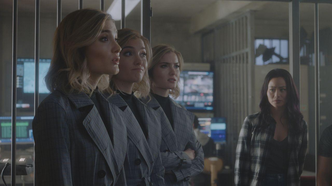 Esme/Sophie/Phoebe (Skyler Samuels, l.); Clarice (Jamie Chung, r.) - Bildquelle: 2017 Fox Broadcasting