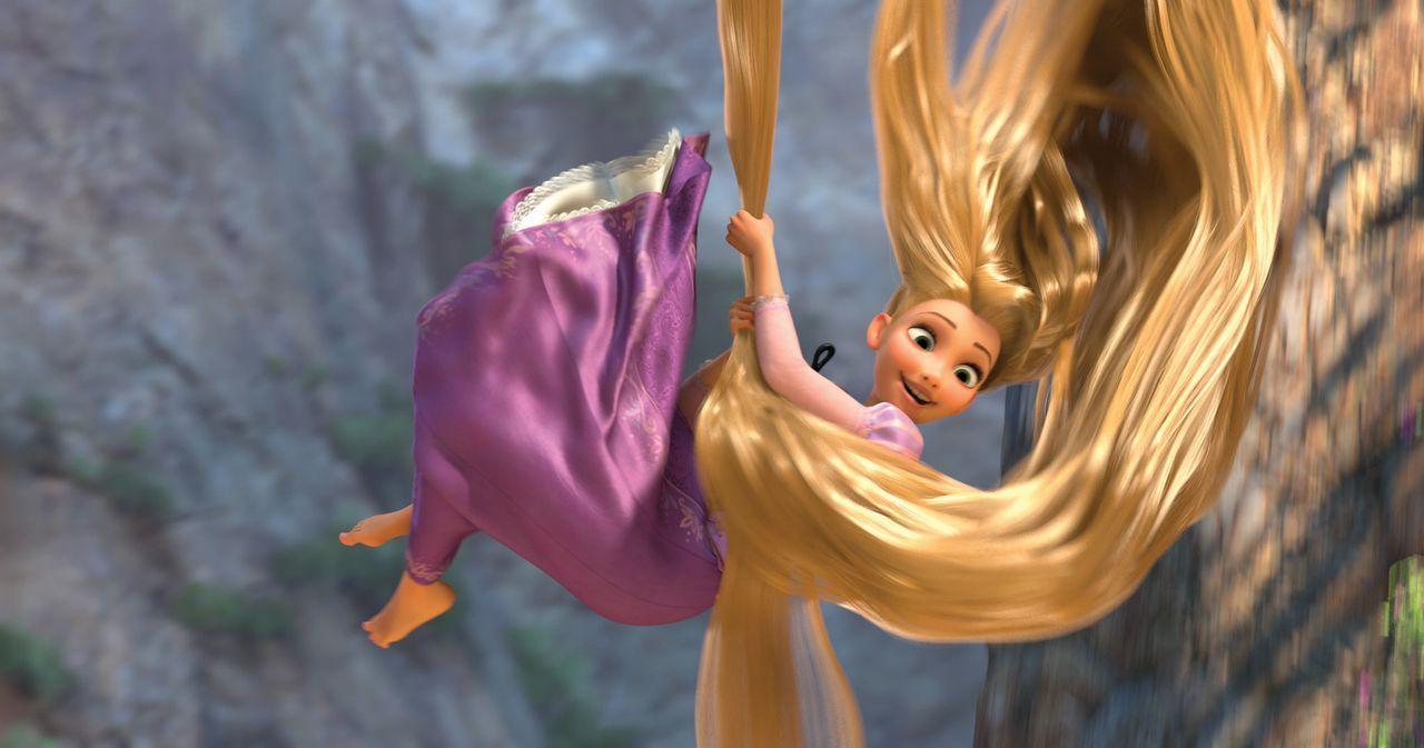 Lange, lange Zeit war sie in ihrem Turm gefangen, doch nun beginnt für Rapunzel ein ganz großes Abenteuer ... - Bildquelle: Disney.  All rights reserved