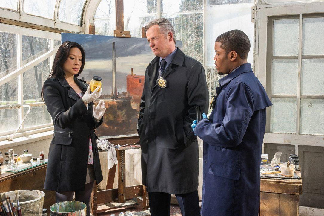Bei den Ermittlungen: Captain Gregson (Aidan Quinn, M.), Joan (Lucy Liu, l.) und Det. Bell (Jon Michael Hill, r.) ... - Bildquelle: CBS Television