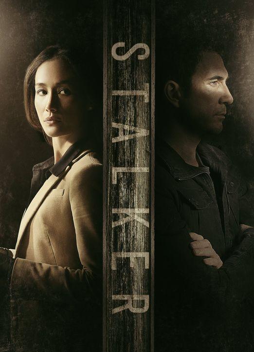(1. Staffel) - Lieutenant Beth Davis (Maggie Q, l.) und Detective Jack Larsen (Dylan McDermott, r.), beide Teil der LAPD Threat Assessment Unit, ver... - Bildquelle: Warner Bros. Entertainment, Inc.
