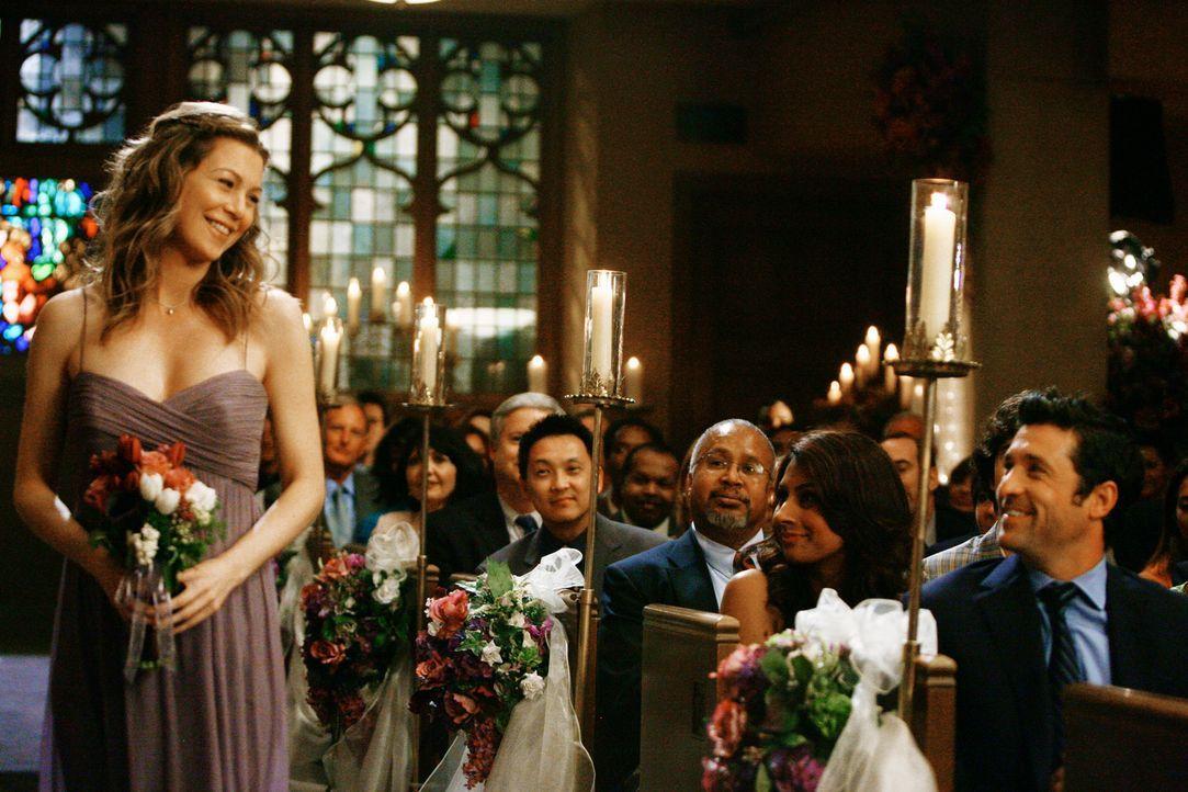 Eigentlich sollte es Meredith (Ellen Pompeo, l.) und Dereks (Patrick Dempsey, r.) großer Tag sein,  doch um Izzie den schönsten Tag im Leben zu be... - Bildquelle: Touchstone Television