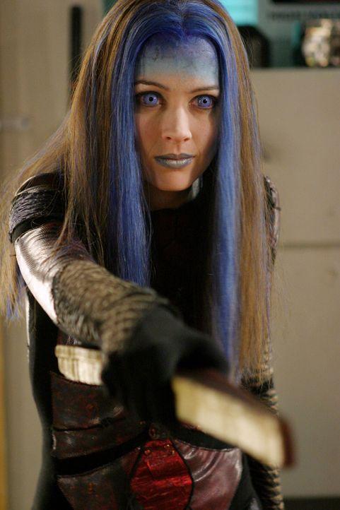 Welche Rolle spielt Illyrias (Amy Acker)? - Bildquelle: The WB Television Network