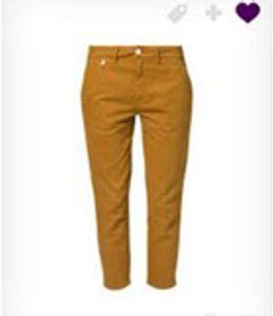 Die senfgelbe Hose verbindet bestens den stylischen Faktor, mit der bequemen...