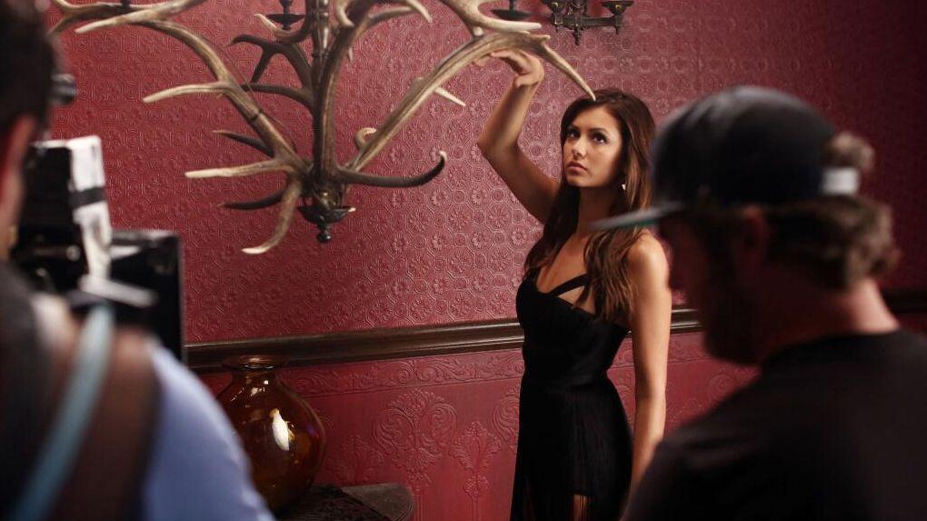 Vampire Diaries, Staffel 5: Nina Dobrev und Co. beim Fotoshooting - Bildquelle: Twitter, @cwtvd