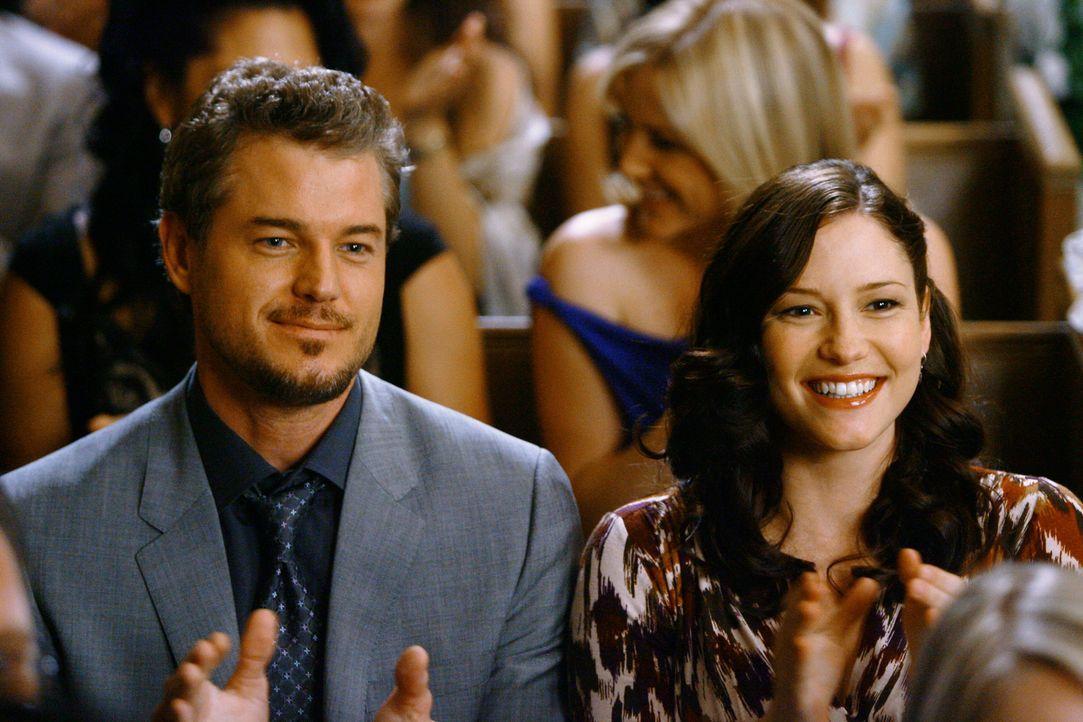 Freuen sich für Izzie und Alex: Mark (Eric Dane, l.) und Lexie (Chyler Leigh, r.) ... - Bildquelle: Touchstone Television