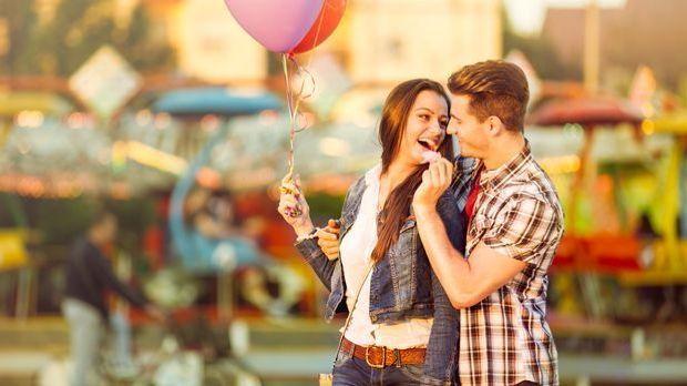 Steinbock-Frau erobern: Vom Flirt zum ersten Date