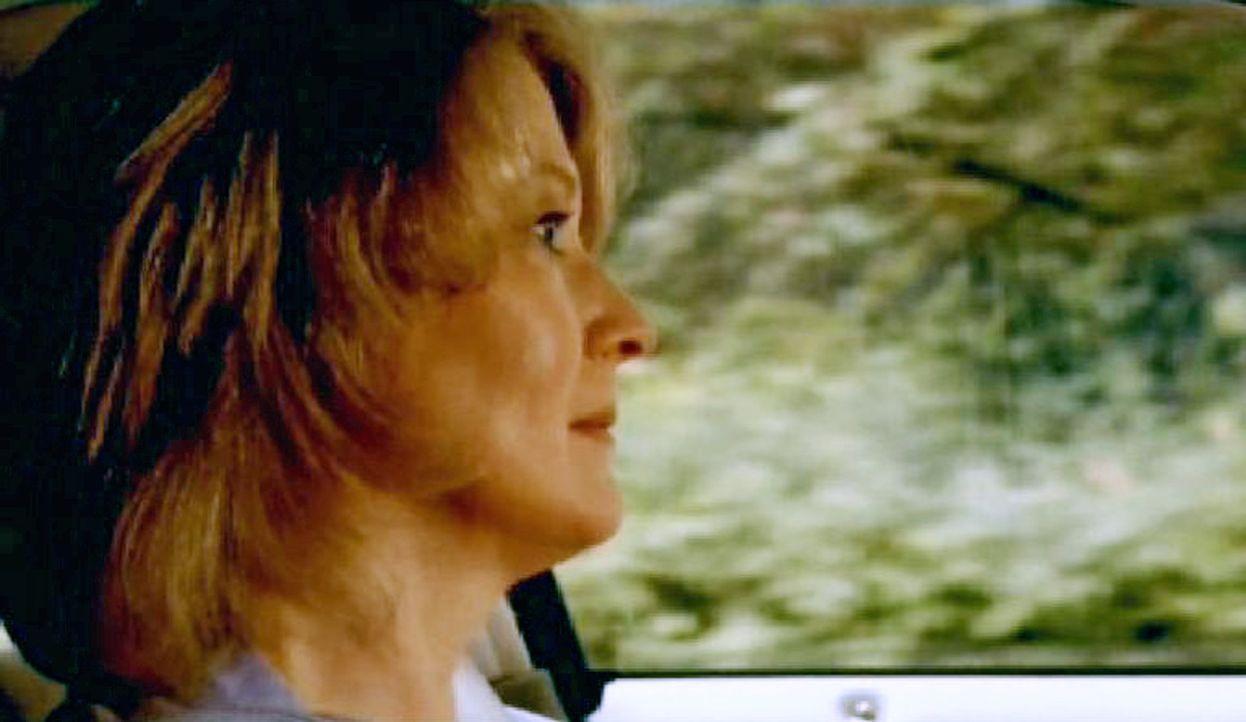 Alison (Liann Pattison), die Frau des Richters Trelane, wird Opfer eines Mordanschlages ... - Bildquelle: Paramount Network Television