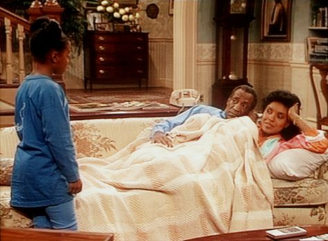 Bill Cosby Show - Rudy (Keshia Knight Pulliam, l.) soll ihren Eltern Cliff (B...