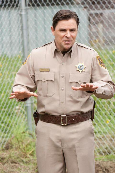 Kann Deputy Andy 2.0 (Kavan Smith) seinem Boss und der Stadt mal wieder aus der Patsche helfen? - Bildquelle: Universal Television