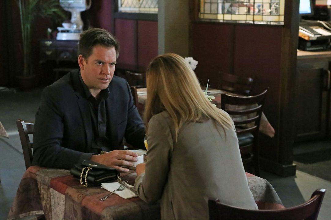 DiNozzo (Michael Weatherly, l.) hat von Director Vance einen Spezialauftrag erhalten, der ihn nach Frankreich führt. Doch der Job ist viel gefährlic... - Bildquelle: CBS Television