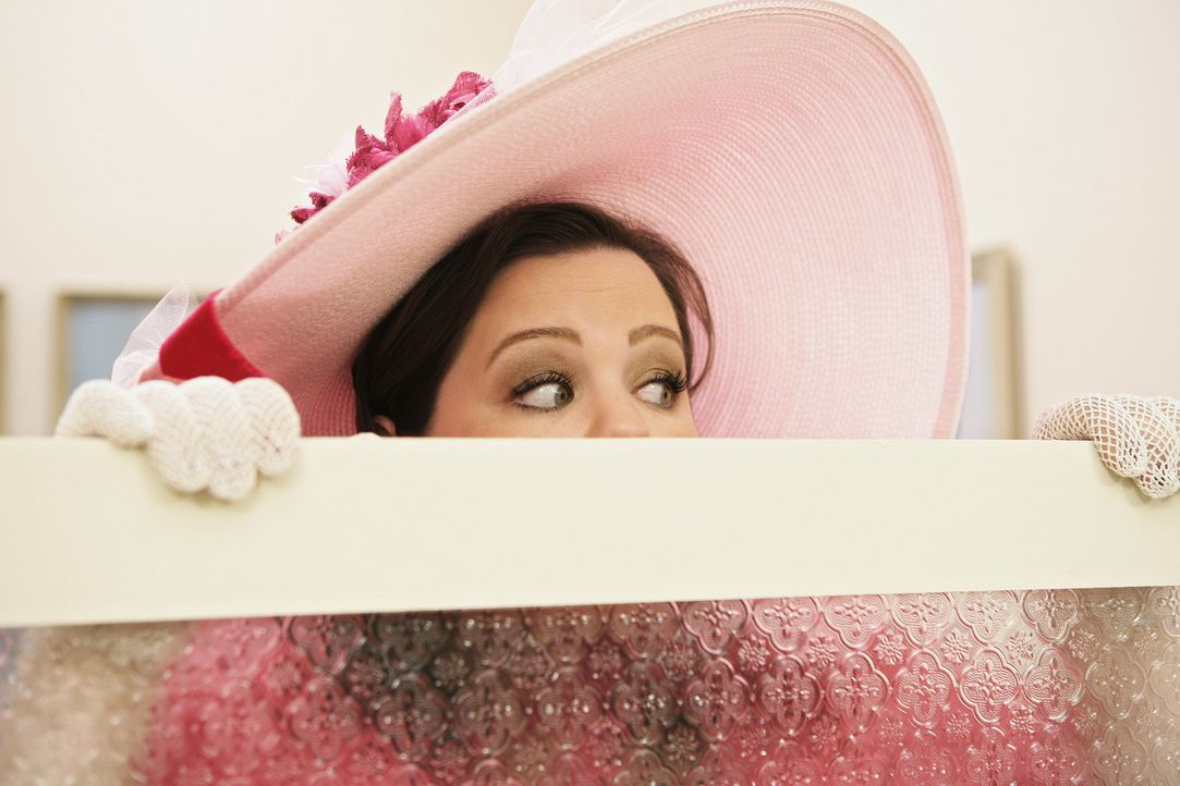 Würde alles dafür tun, Brautjungfer zu werden: Dena (Melissa McCarthy) - Bildquelle: 2008 American Broadcasting Companies, Inc. All rights reserved.
