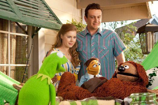 Die Muppets - Mit Erschrecken stellen Gary (Jason Segel, r. hinten), Mary (Am...