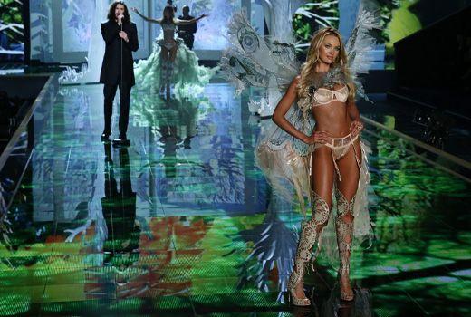 Hozier und Candice Swanepoel - Bildquelle: WENN.com