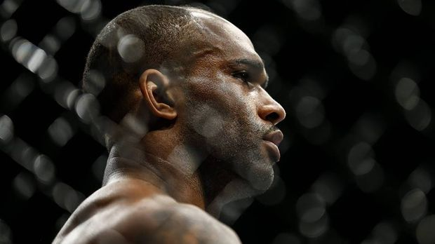 Jimi Manuwa holt Sieg in London