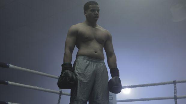 War der Amateurboxer Corey Edge (Harlin Miller) in kriminelle Machenschaften...