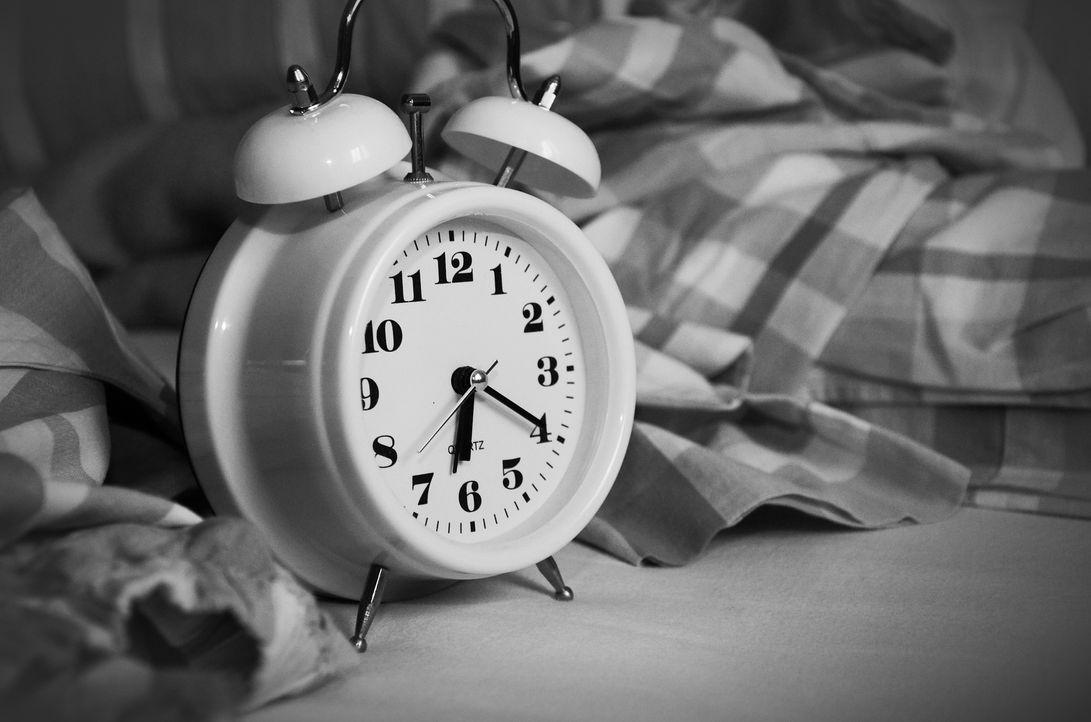 Viele Deutsche können schlecht einschlafen. Eine Studie der Krankenkasse DAK...