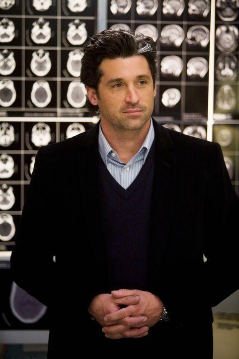 Während sich Izzie einer ersten Behandlung unterziehen muss, kehrt Derek (Patrick Dempsey) nach seinem Zusammenbruch in den OP zurück ... - Bildquelle: Touchstone Television