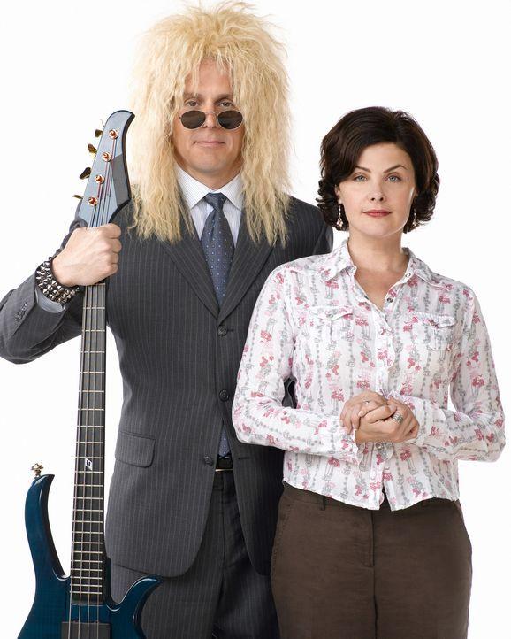Allison (Sherilyn Fenn, r.) ahnt nichts von der Vergangenheit ihres Mannes (Gary Cole, l.). Eines Tages muss sie erleben, wie sich ihr Mann von eine... - Bildquelle: Buena Vista International Television |