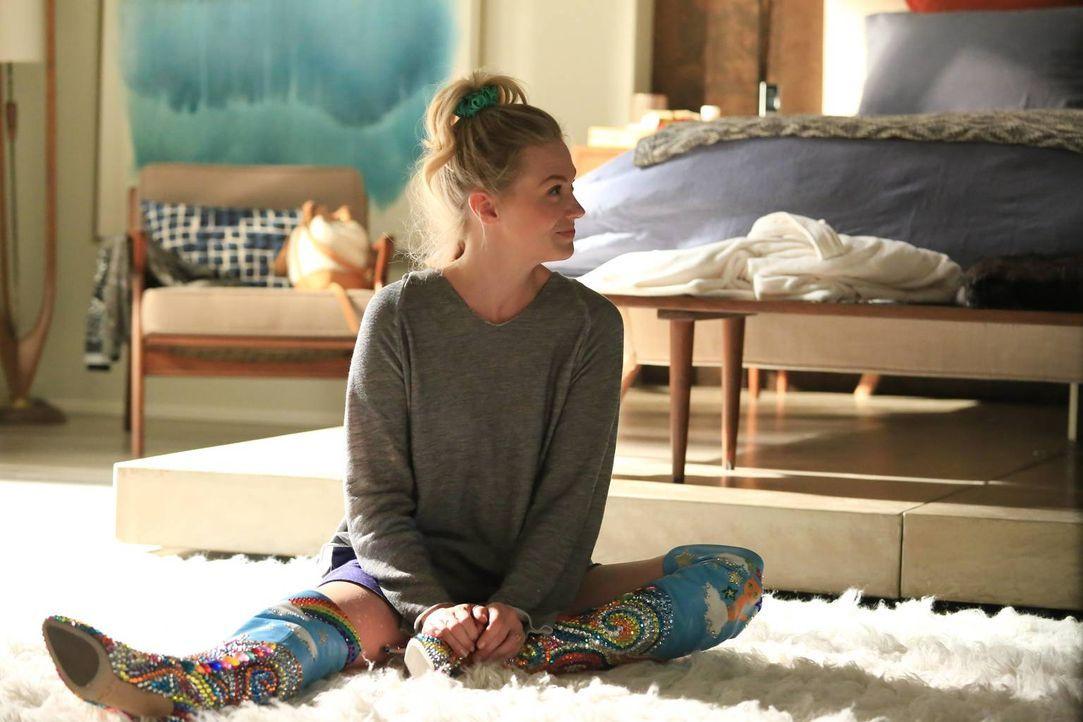 Gibt die Hoffnung nicht auf, dass sie mit Todd wieder zusammenkommt: Melissa (January Jones) ... - Bildquelle: 2015-2016 Fox and its related entities.  All rights reserved.