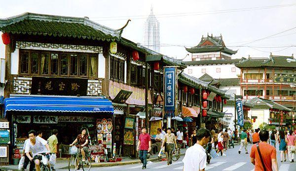 Shanghai Sightseeing: Yu-Garten - Bildquelle: dpa