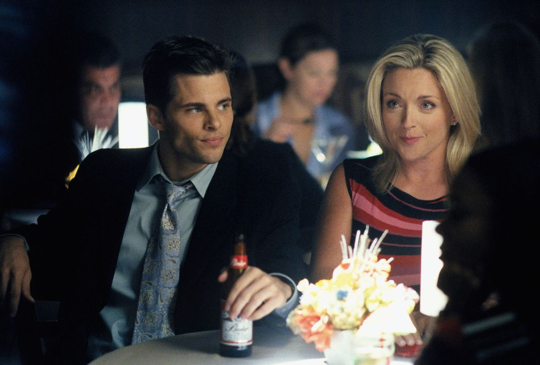 Im Gefühlschaos: Glenn (James Marsden, l.) und Elaine (Jane Krakowski, r.) ... - Bildquelle: 2001 Twentieth Century Fox Film Corporation. All rights reserved.